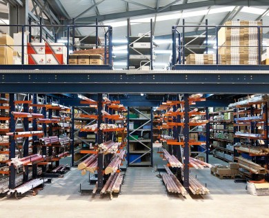warehouse-storage-mezzanine